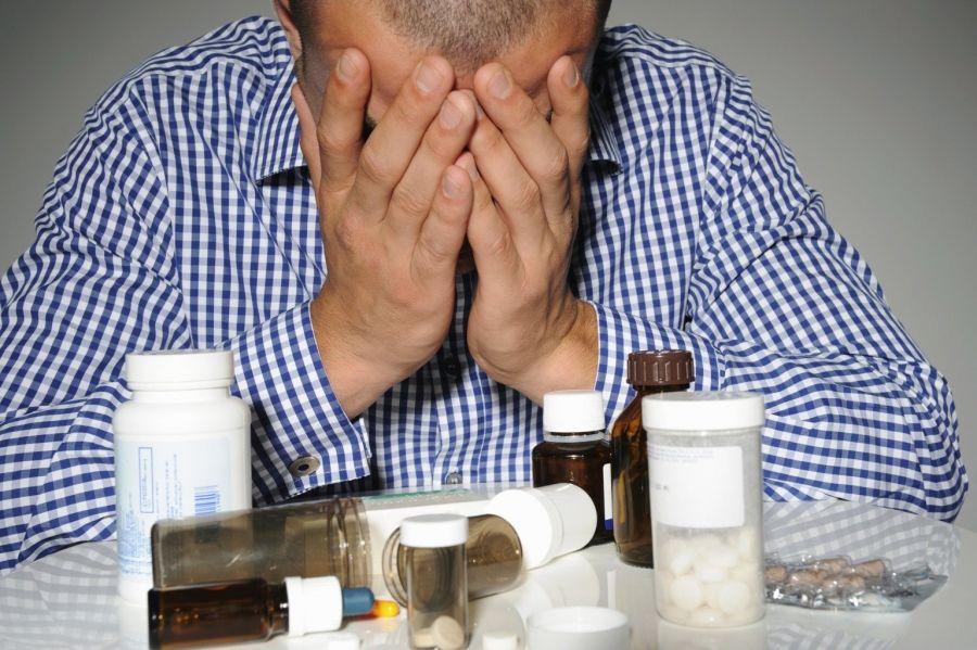Как алкоголика вывести из запоя медикаментозно